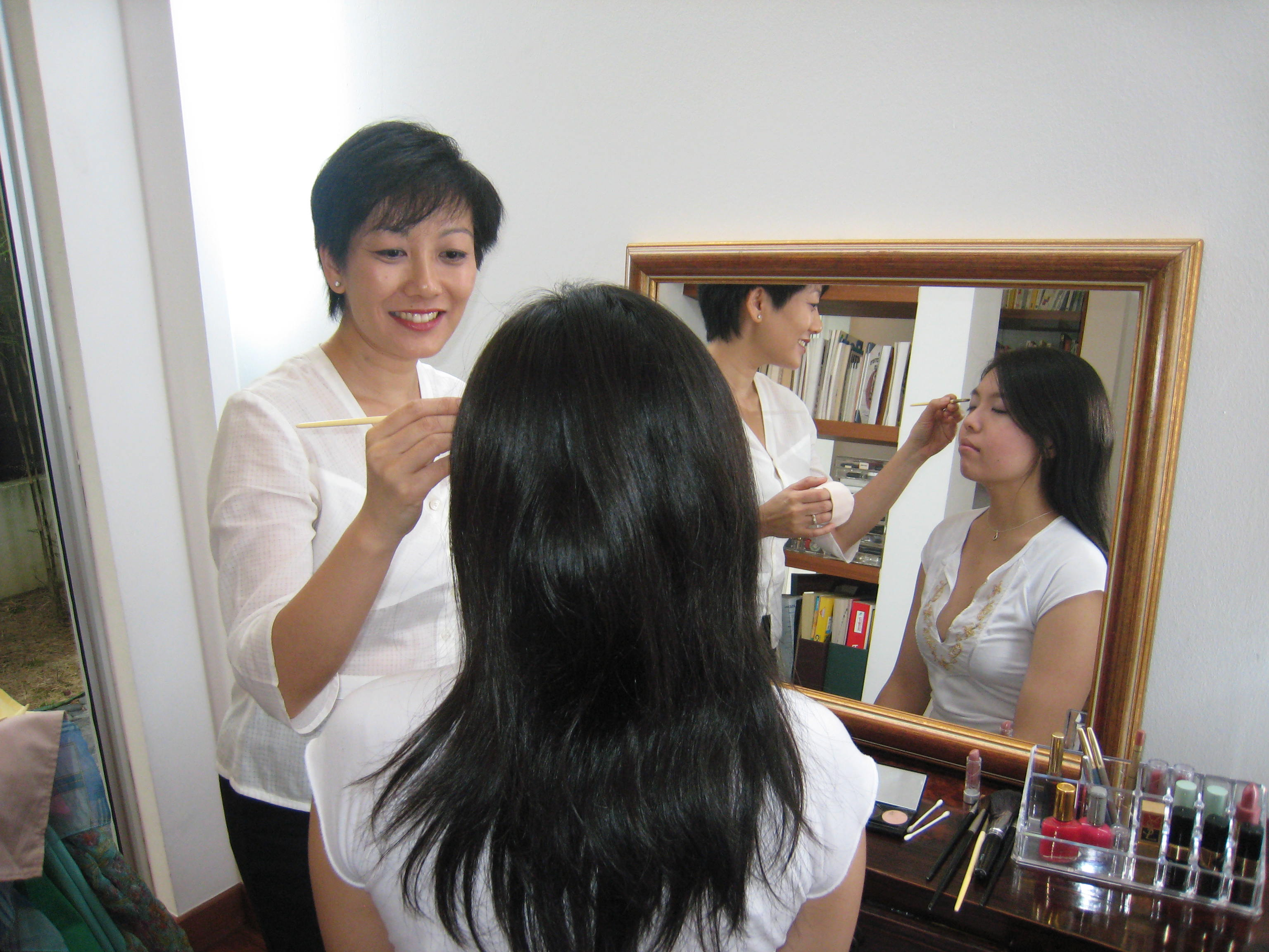 img_9389.jpg Christine Tan make-up